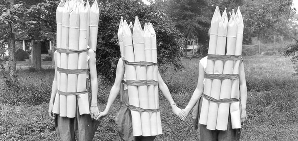 Asparagus girls, Lee County, Alabama, 1925